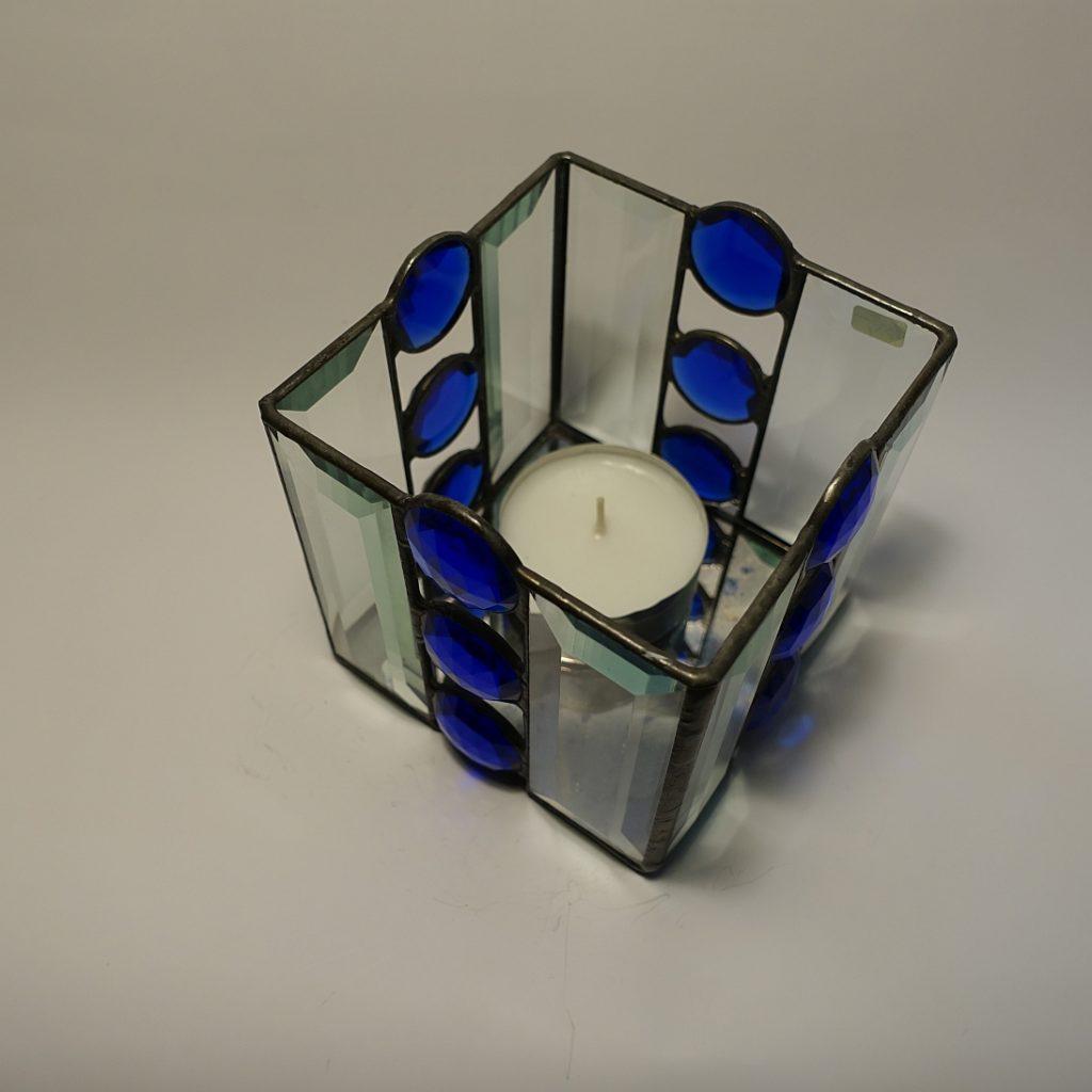 Teelicht mit Pensil- Bevel geschliffen Fasettensteinen blau