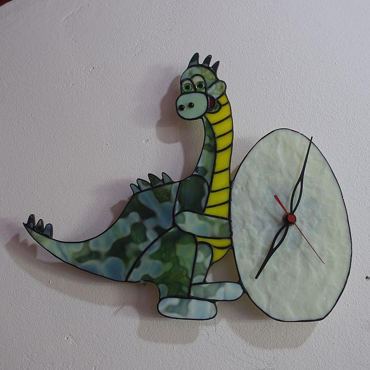 Dinouhr